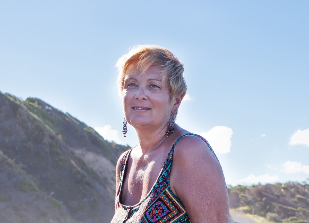 Whitsunday Dawn – An Interview with Author Annie Seaton